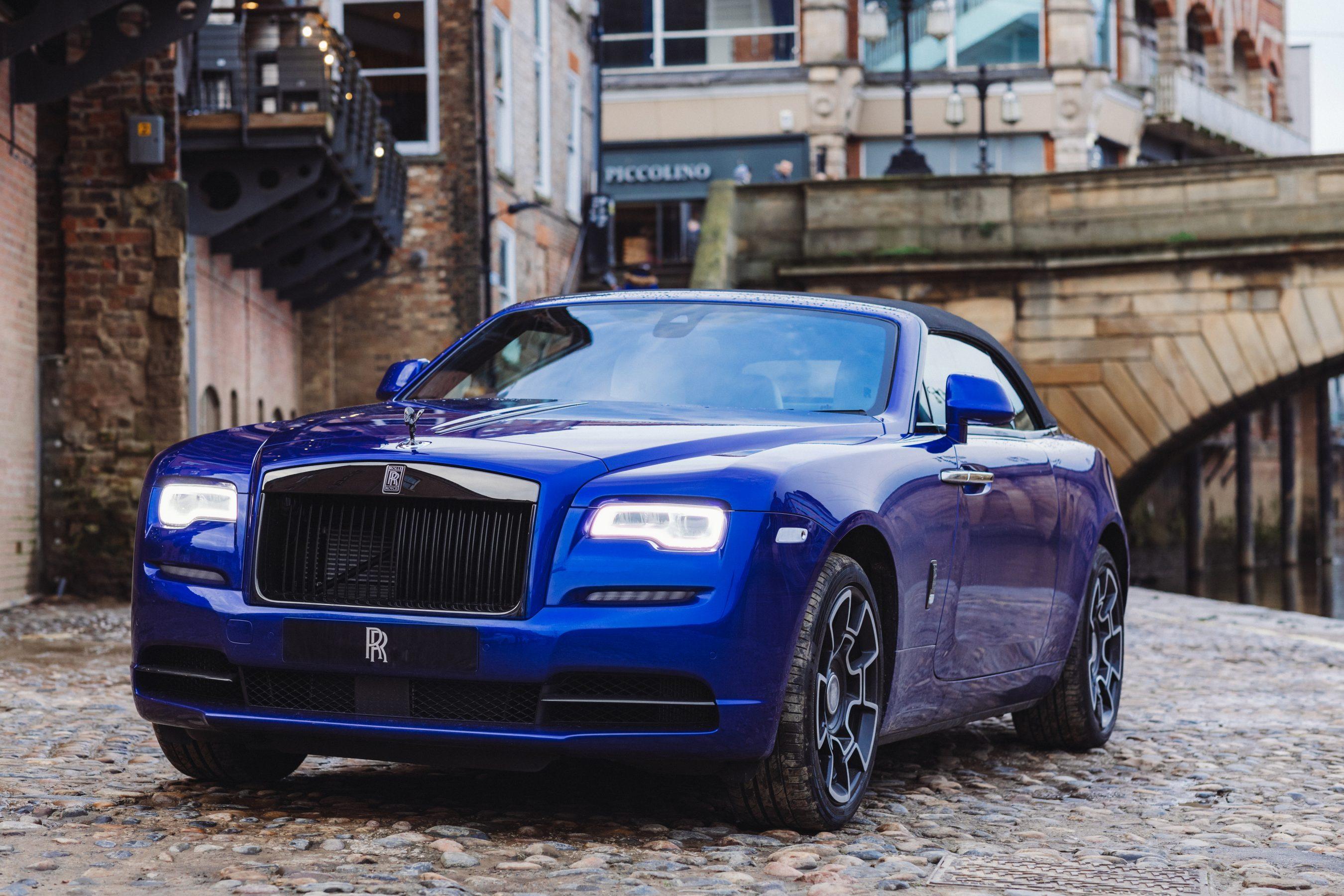 Rolls-Royce_Motors_Cars_Leeds_YFW20_1